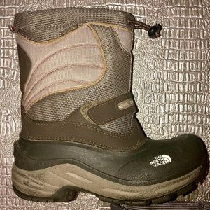 The North Face Snow boots. Great!